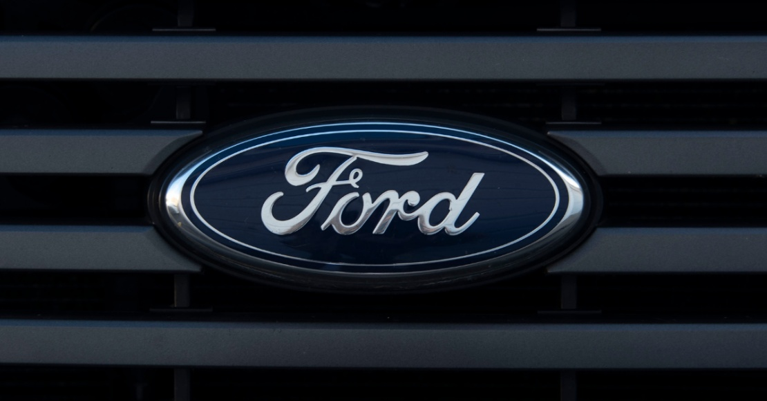 Ford badge on grille